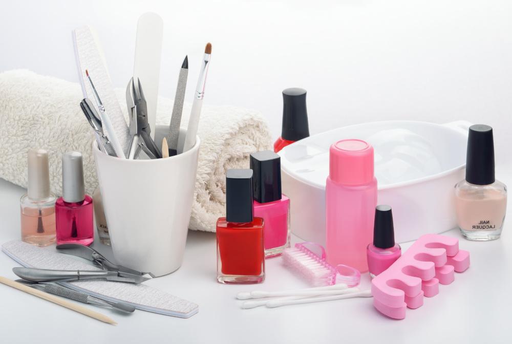 przyrzady do ronienia manicure
